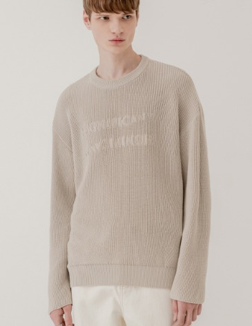 REVERSED LETTERING ROUND KNIT [CREAM BEIGE]
