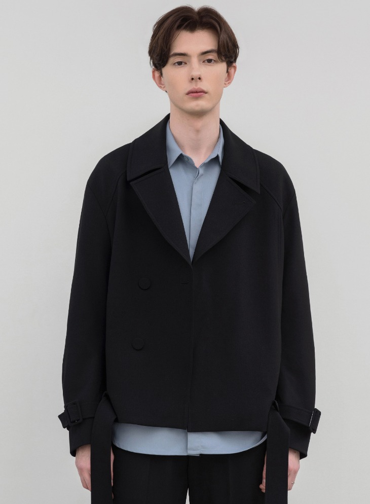 RELAXED WOOL SHORT TRENCH JACKET [BLACK]